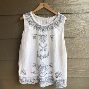 Lucky brand distressed style embroidered boho top